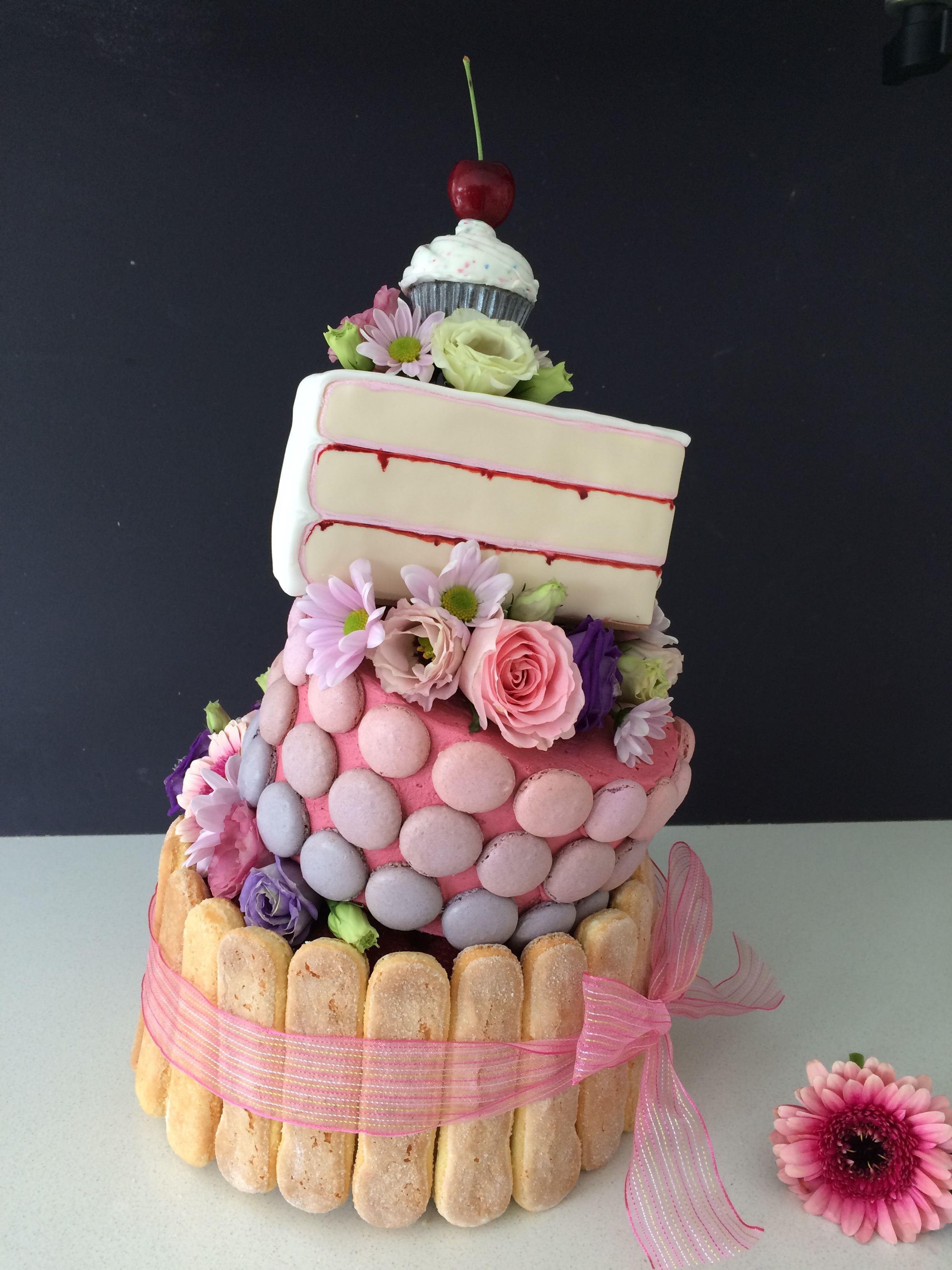 Topsy Turvy Hochzeitstorte  HowToCookThat Cakes Dessert & Chocolate