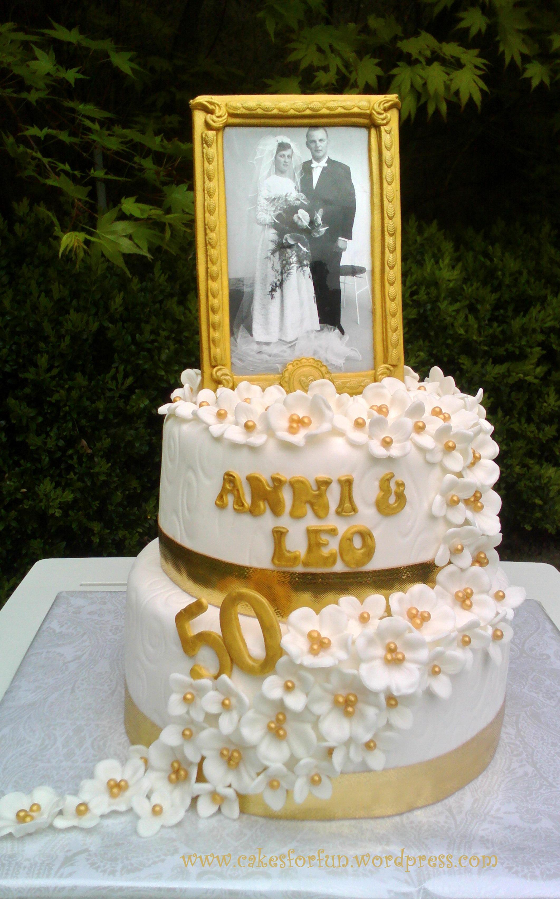 Torte Goldene Hochzeit  Torte zur Goldenen Hochzeit