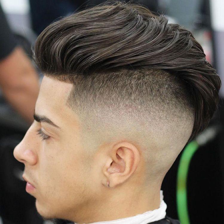 Übergang Haarschnitt  Undercut Männer Trendfrisur facettenreich wandelbar und