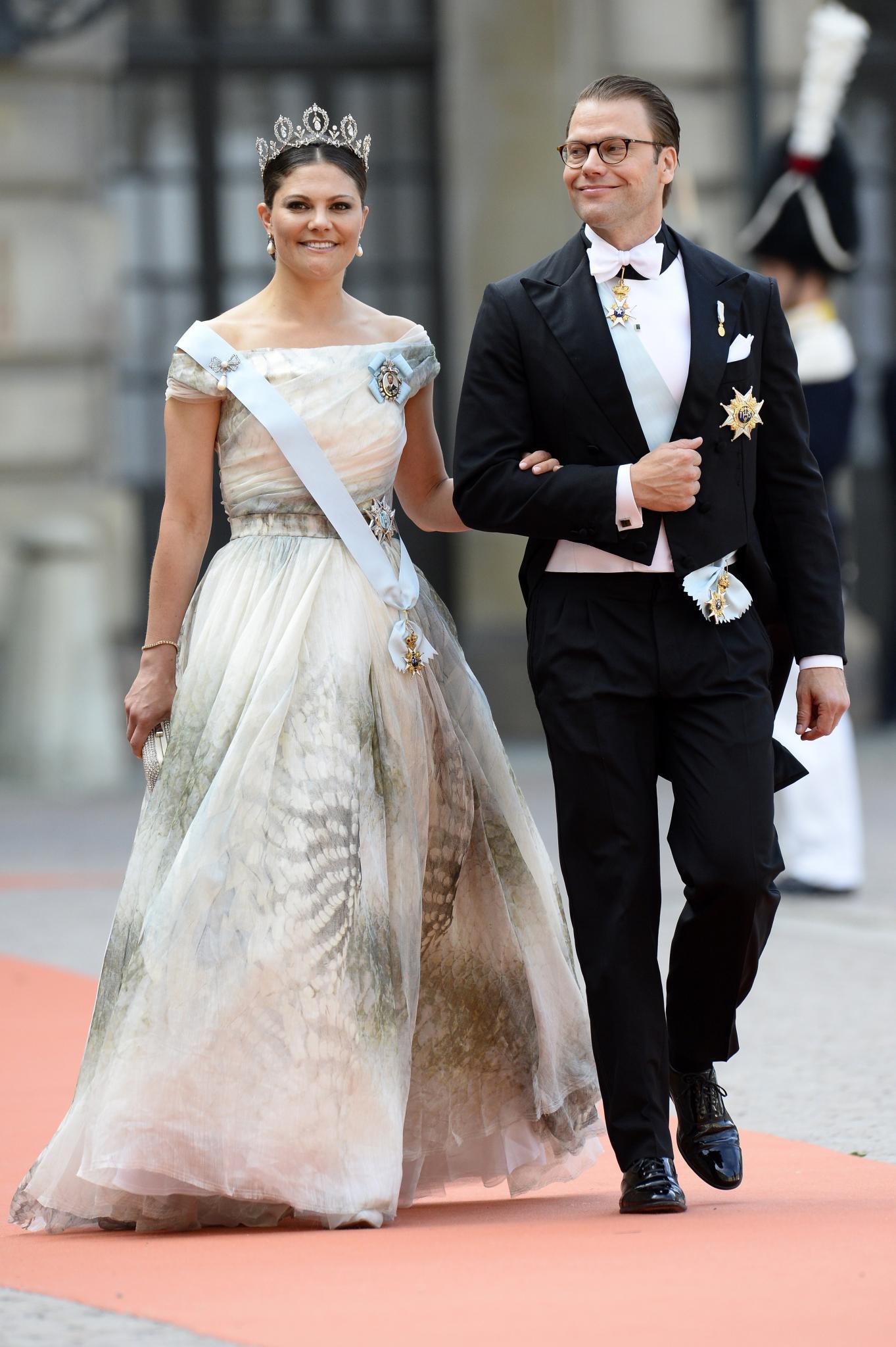 """Victoria Von Schweden Hochzeit  Victoria von Schweden Im """"H&M"""" Kleid zur Hochzeit"""