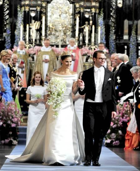 Victoria Von Schweden Hochzeit  Schweden Hochzeit Victoria und Daniel ein Paar feiert