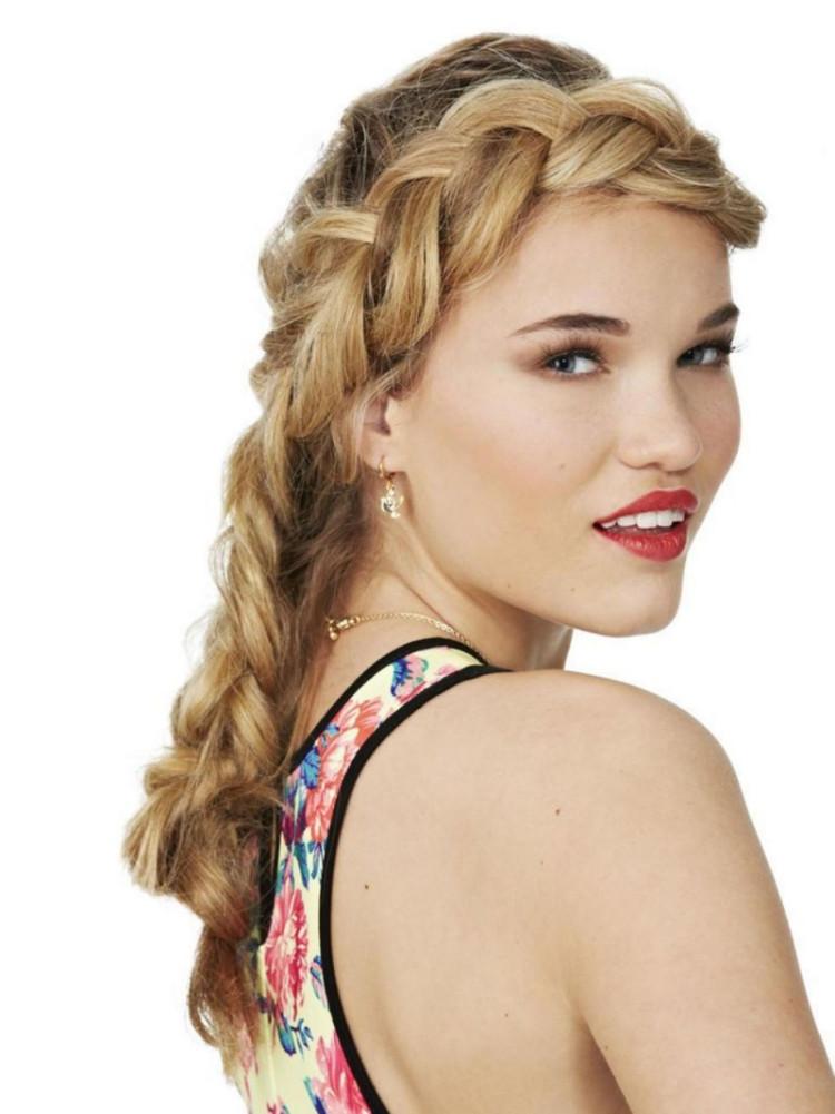 Vintage Frisuren Selber Machen  Schöne Party Frisuren selber machen 55 tolle Ideen