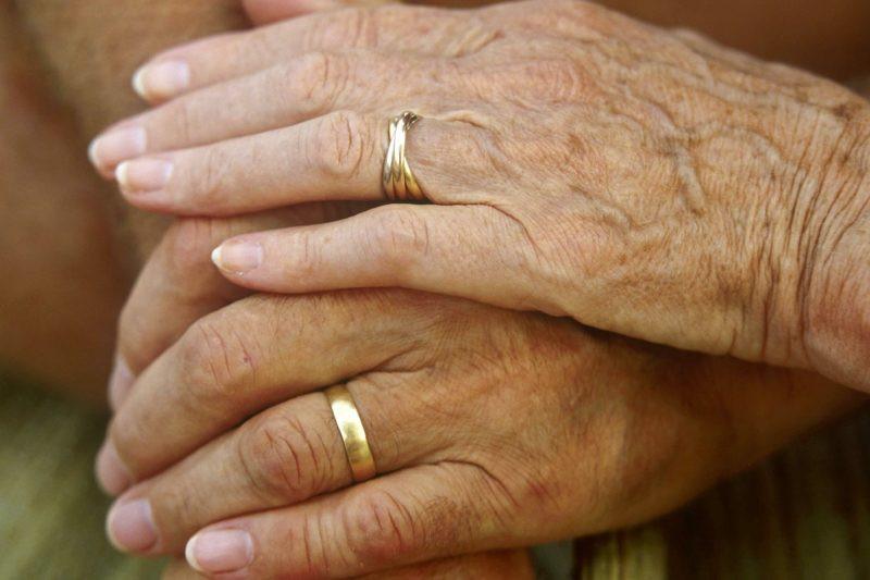 Vortrag Für Goldene Hochzeit  Glückwünsche und Sprüche für goldene Hochzeit der