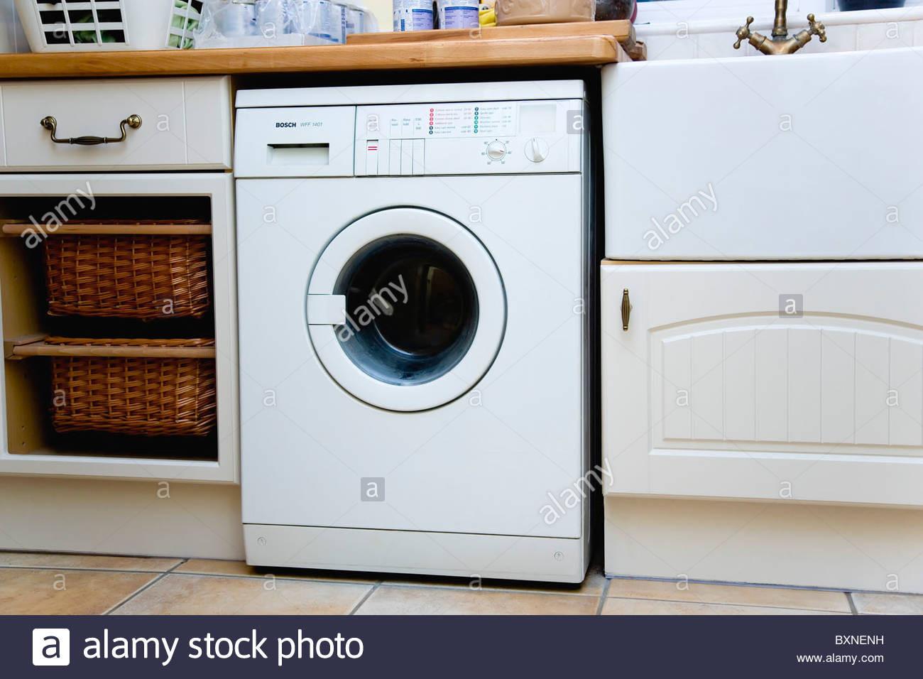 Waschmaschine Unter Arbeitsplatte  Waschmaschine Unter Arbeitsplatte Kuche