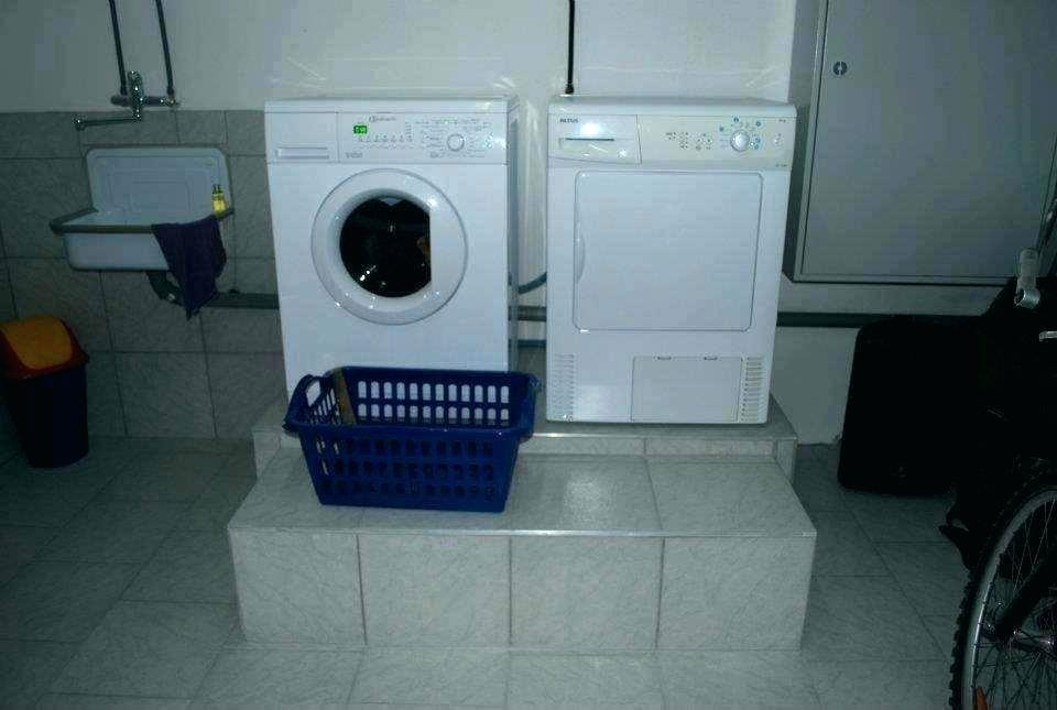Waschmaschine Unter Arbeitsplatte  Waschmaschine Unter Arbeitsplatte Schieben Ausrichten
