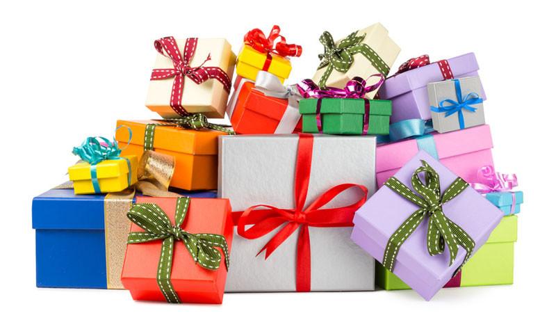 Weihnachten Geschenke  Weihnachten – Fest der Geschenke Liebe statt Konsum