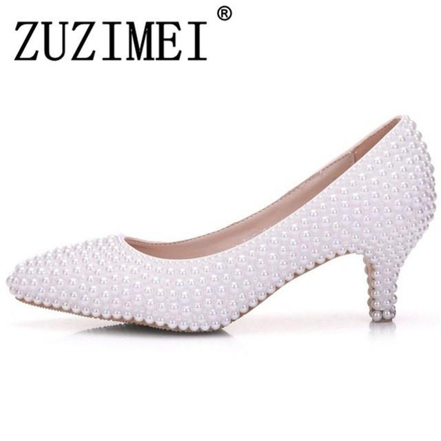 Weiße Schuhe Hochzeit  Schön Weiße Perle Hochzeit Schuhe Braut Frauen Schuhe