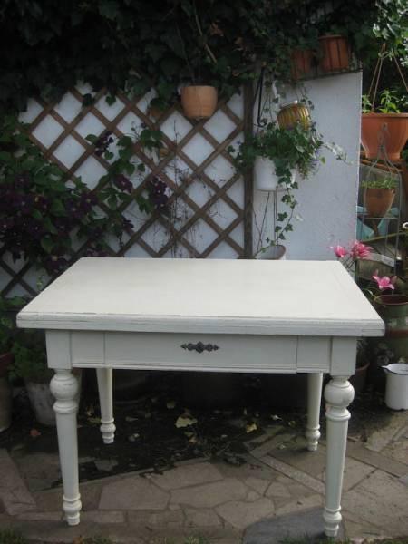 Weißer Tisch  traumhafter weißer Tisch ausklappbar Schublade Original