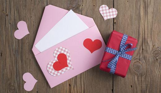 Wie Viel Geld Zur Hochzeit Schenken  Hochzeitsgeschenk Geld Wie viel steckt man ins Kuvert