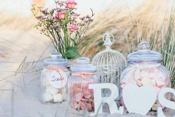 Wie Viel Geld Zur Hochzeit Schenken  Einladungskarten mit Letterpress Foreverly Magazin