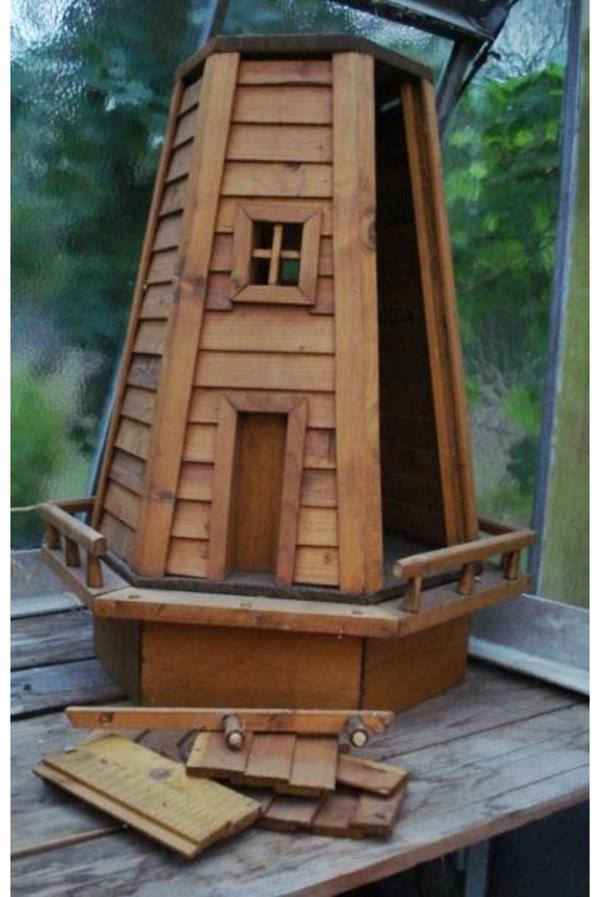 Windmühle Garten  Garten Windmühle aus Holz an geschickten Bastler