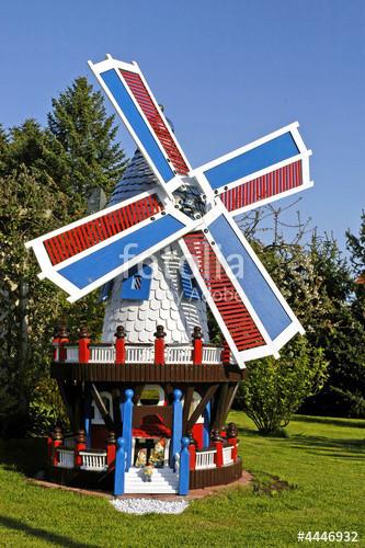 """Windmühle Garten  """"Garten Windmühle"""" Stockfotos und lizenzfreie Bilder auf"""