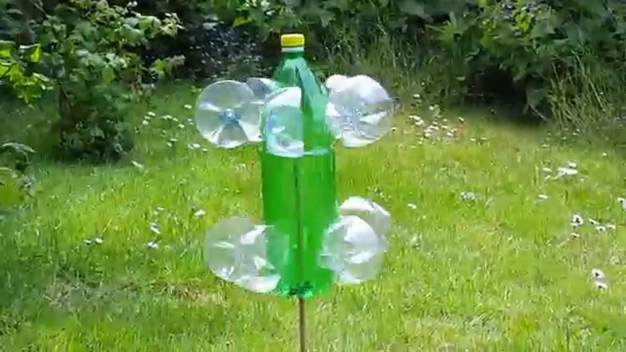 Windrad Garten  Windrad aus Plastik Flaschen im Garten