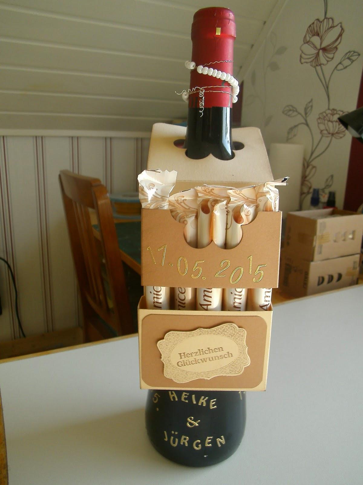 Witzige Geschenke Zur Perlenhochzeit  Danielas Kartenwerkstatt Weinflaschenanhänger zur