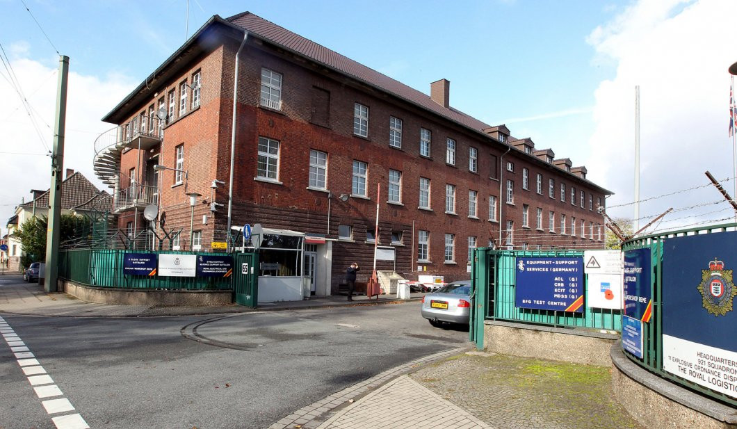 Wohnungen Bielefeld  Briten hinterlassen in Bielefeld zwei riesige Kasernen und