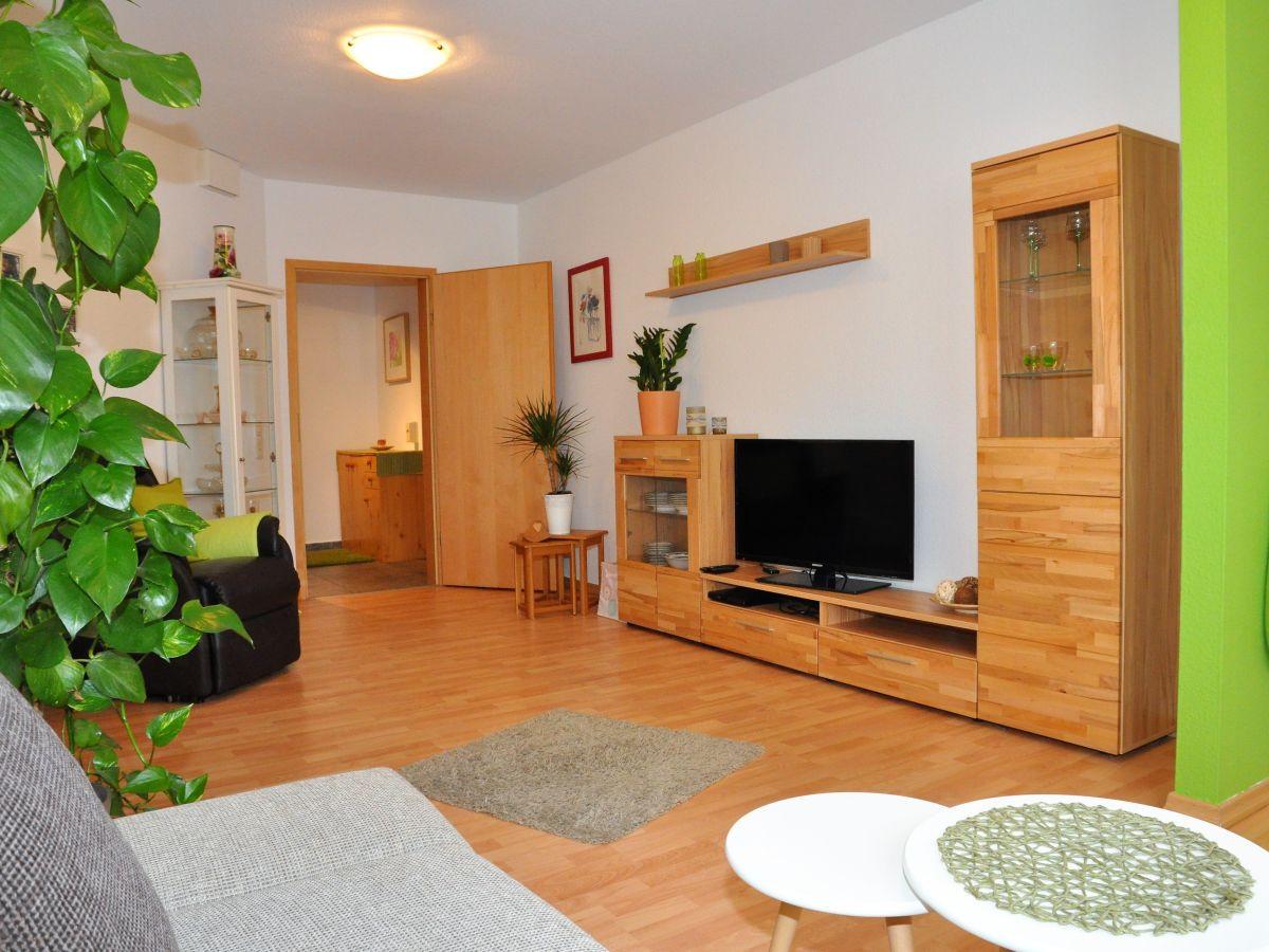 Wohnzimmer Wiesbaden  Ferienwohnung in Wiesbaden Naurod Wiesbaden Frau Anja Maurer