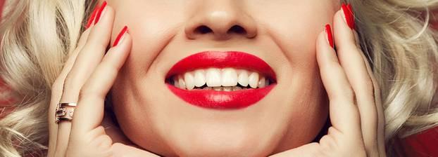 Zähne Bleichen Zu Hause  Bleaching Zähne bleichen so gelingt Zahnaufhellung