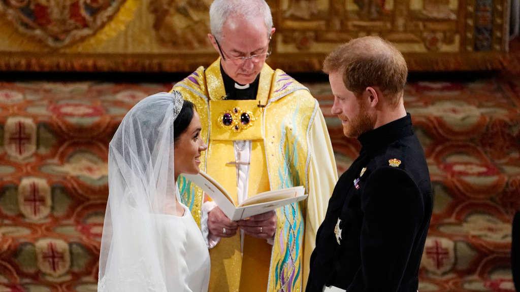 Zdf Hochzeit Prinz Harry  ZDF Kommentatoren reden sich bei der royalen Hochzeit von